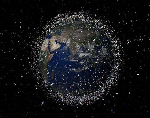 Земля окружена миллионами тонн космического мусора