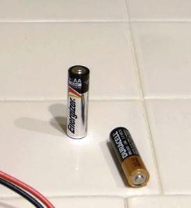 Проверяем батарейку за 2 секунды