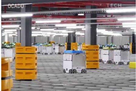 Роботы в магазине Ocado