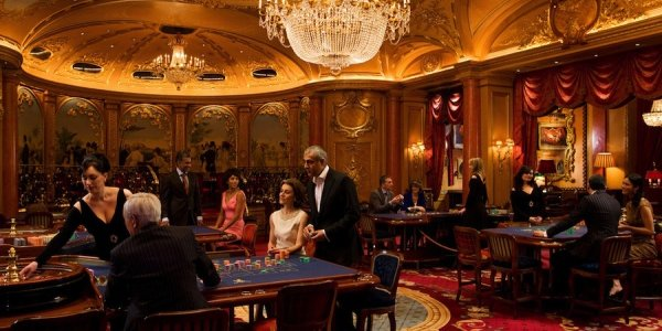 Великие тоже играют в казино