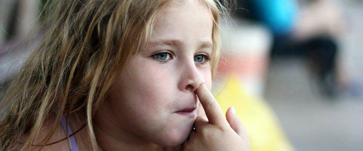 Чем можно заразиться, ковыряясь в носу
