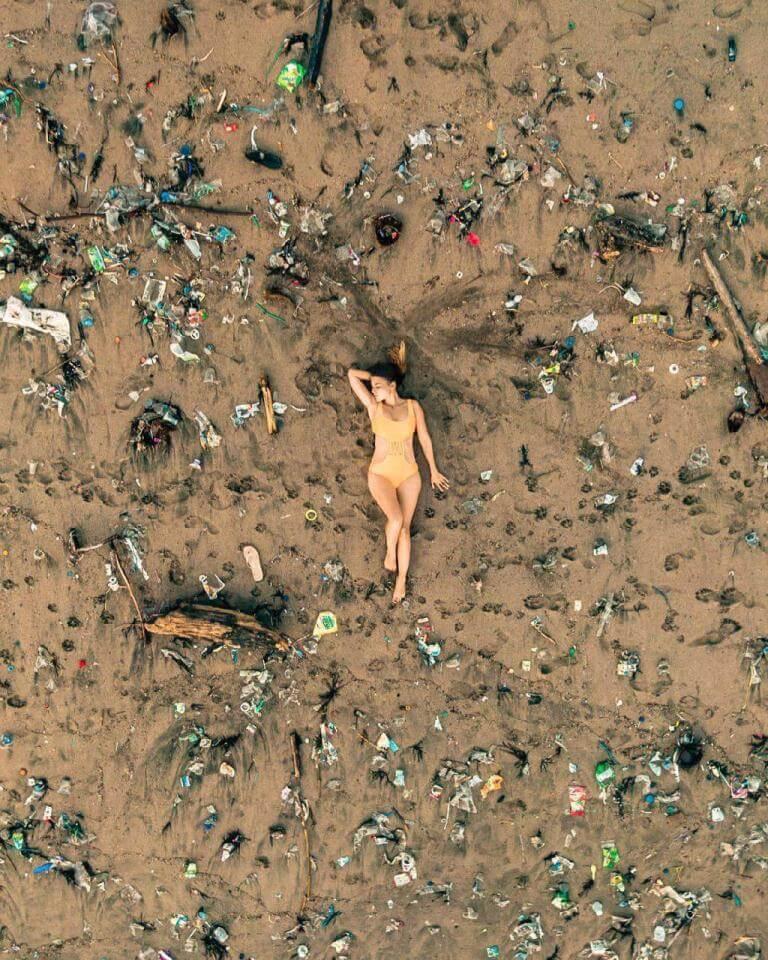 мусор на Бали