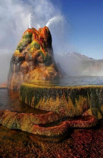 Пустыня Блэк- Рок и гейзер Флай (Fly Geyser) 4