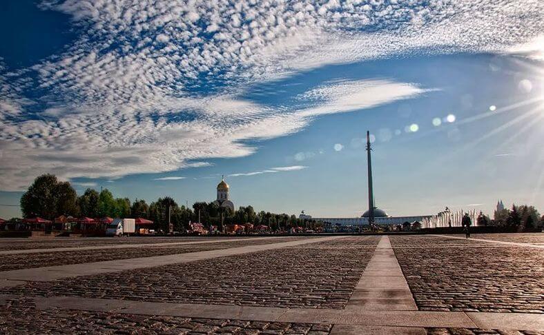 Самая высокая статуя в России 1