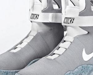 Самозашнуровывающиеся кроссовки Nike Air Mag