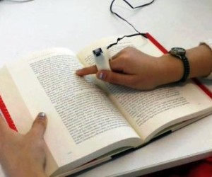 FingerReader поможет незрячим читать обычные книги