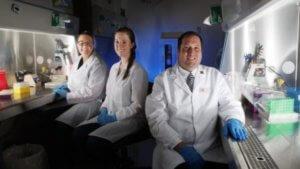 Команда ученых Центра вирусологии из Университета Небраски-Линкольна (США)