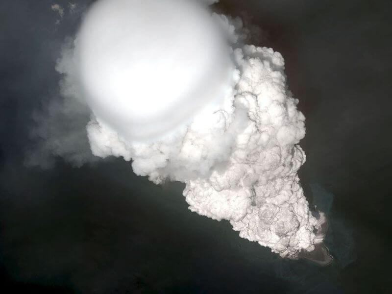 вулкан-снимок со спутника