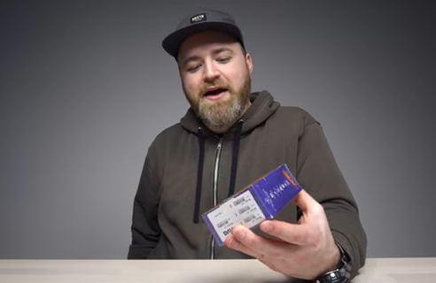 Смартфон Viva V1 стоит 5 долларов