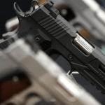 Опрос показал, что почти все хотят больше контроля над оружием