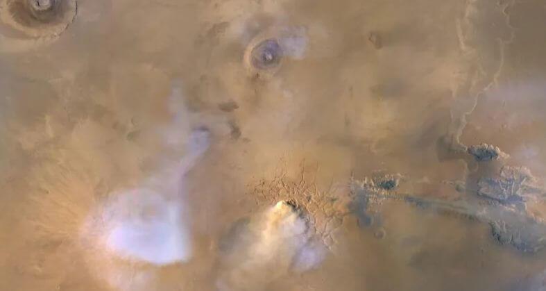 Марс буря пыль