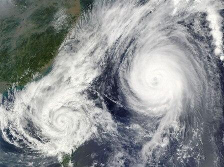 шторм космос