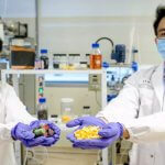 Ценные металлы извлекают из отработанных батарей с помощью апельсиновых корок